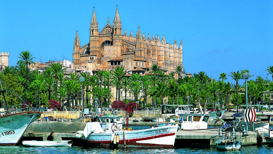 Palma's Magnificent Gothic Cathedral